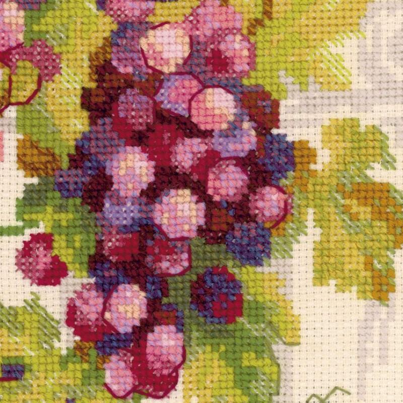 Вышивка виноградной лозы крестом