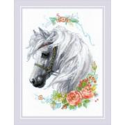 Белогривая лошадка. Набор для вышивания.